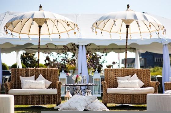 Southern-weddings-lounge-furniture-wedding